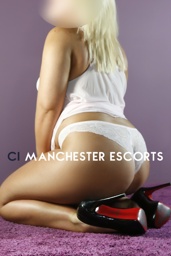 blond hot escorts manchester
